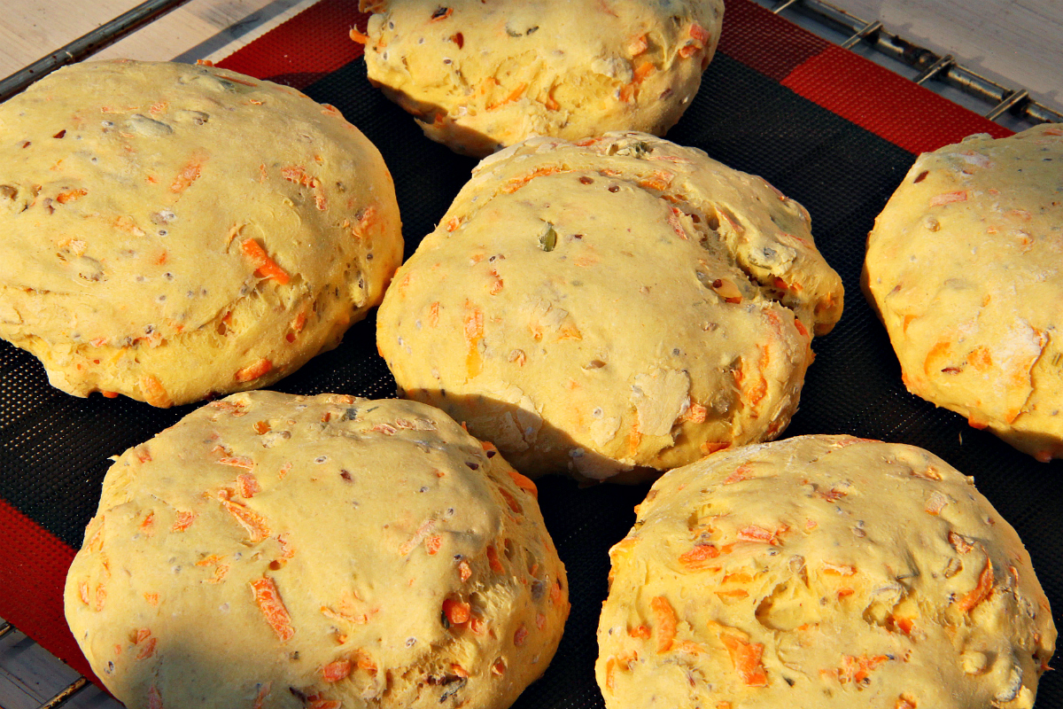 Vegan Herbal Carrot Buns- The Vegan Eskimo