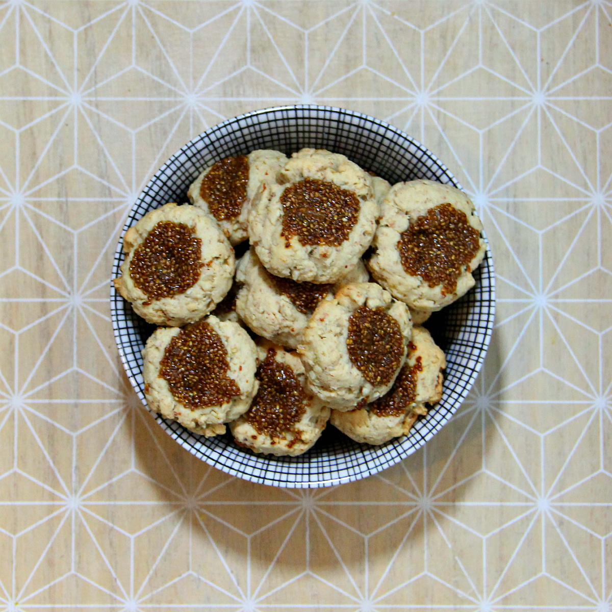 Vegan Lemon Chia Thumbprint Cookies - The Vegan Eskimo