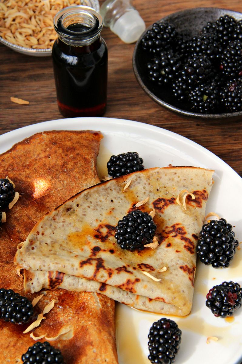 Vegan Beer Pancakes & Blackberries - The Vegan Eskimo