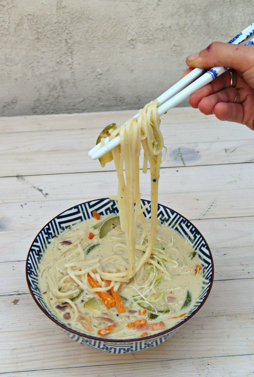 Rice Noodle Coconut Green Curry Soup - The Vegan Eskimo