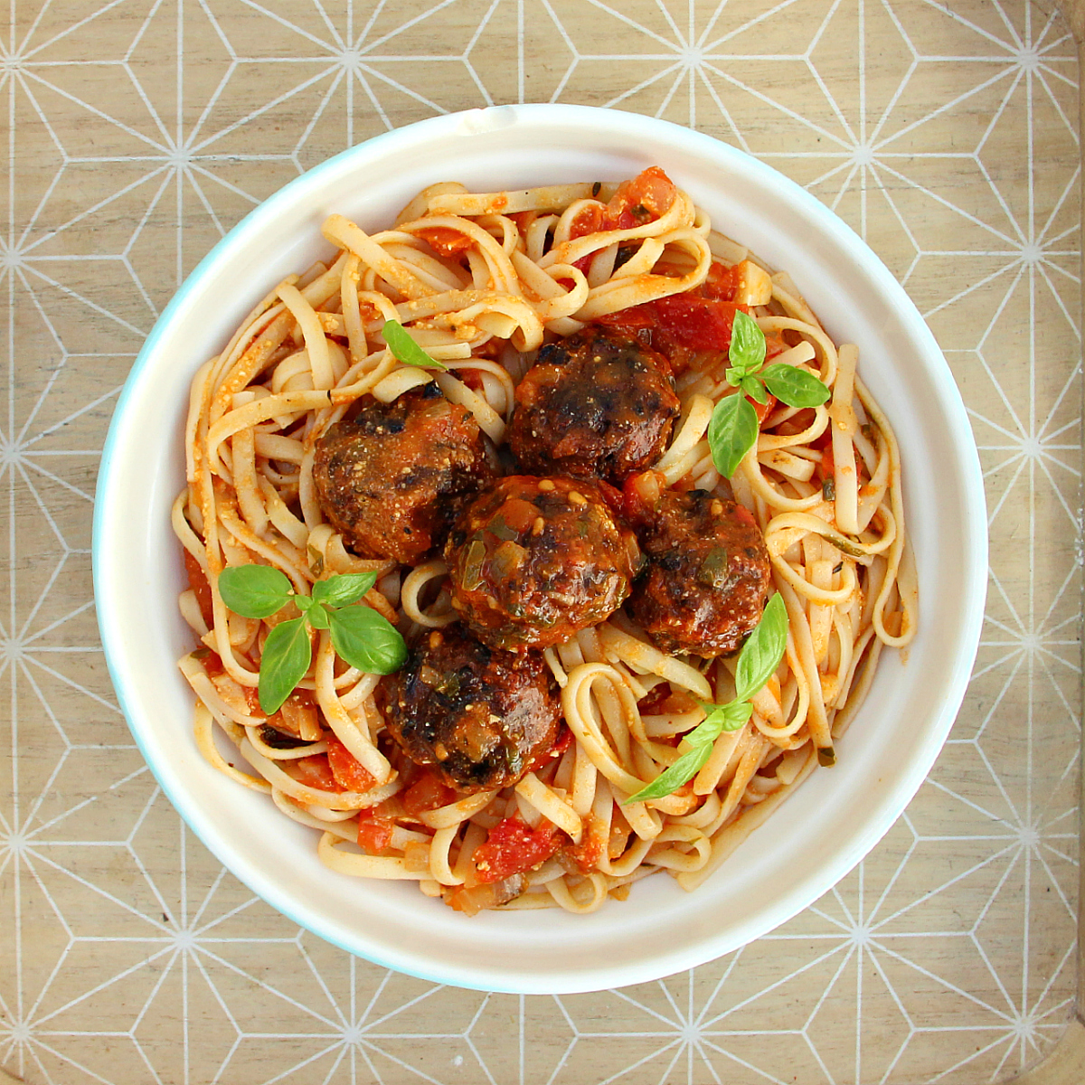 Vegan Spaghetti Meatless Meatballs - The Vegan Eskimo
