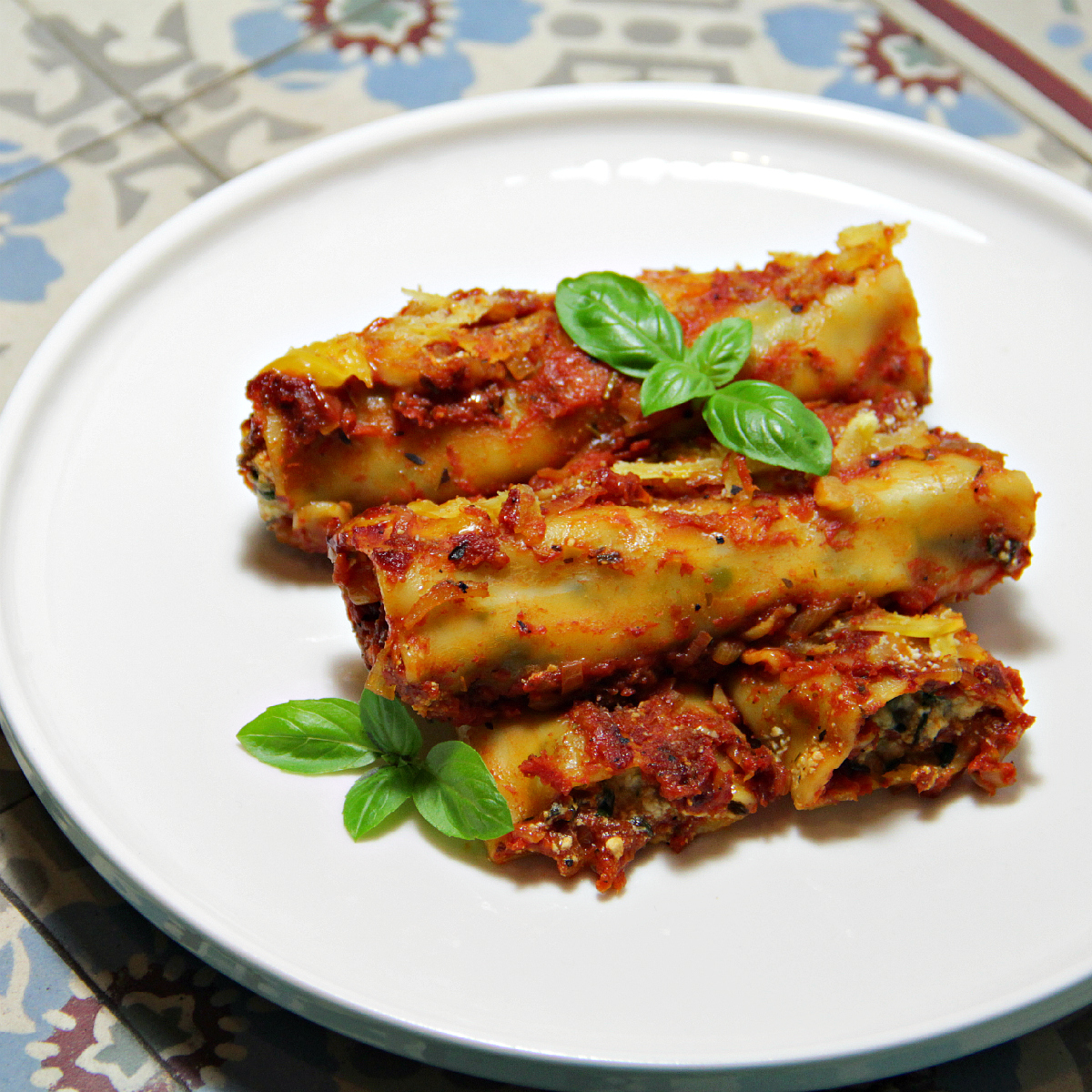 Vegan Spinach 'Ricotta' Cannelloni - The Vegan Eskimo
