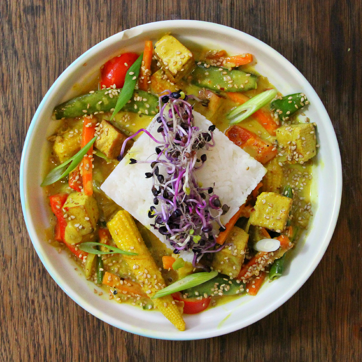 Vegan Tofu Yellow Coconut Curry & Rice - The Vegan Eskimo