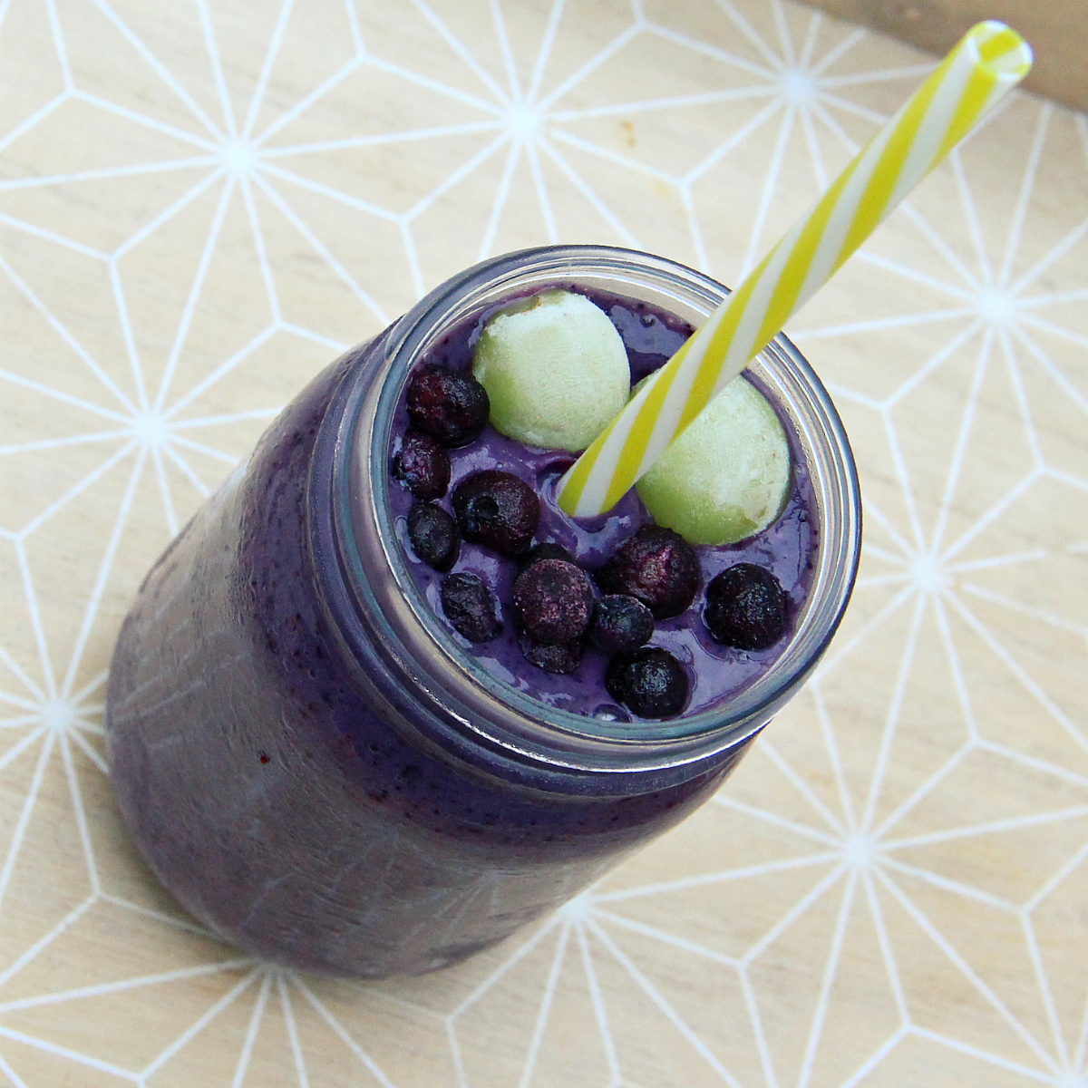 Purple Wild Blueberry Smoothie - The Vegan Eskimo
