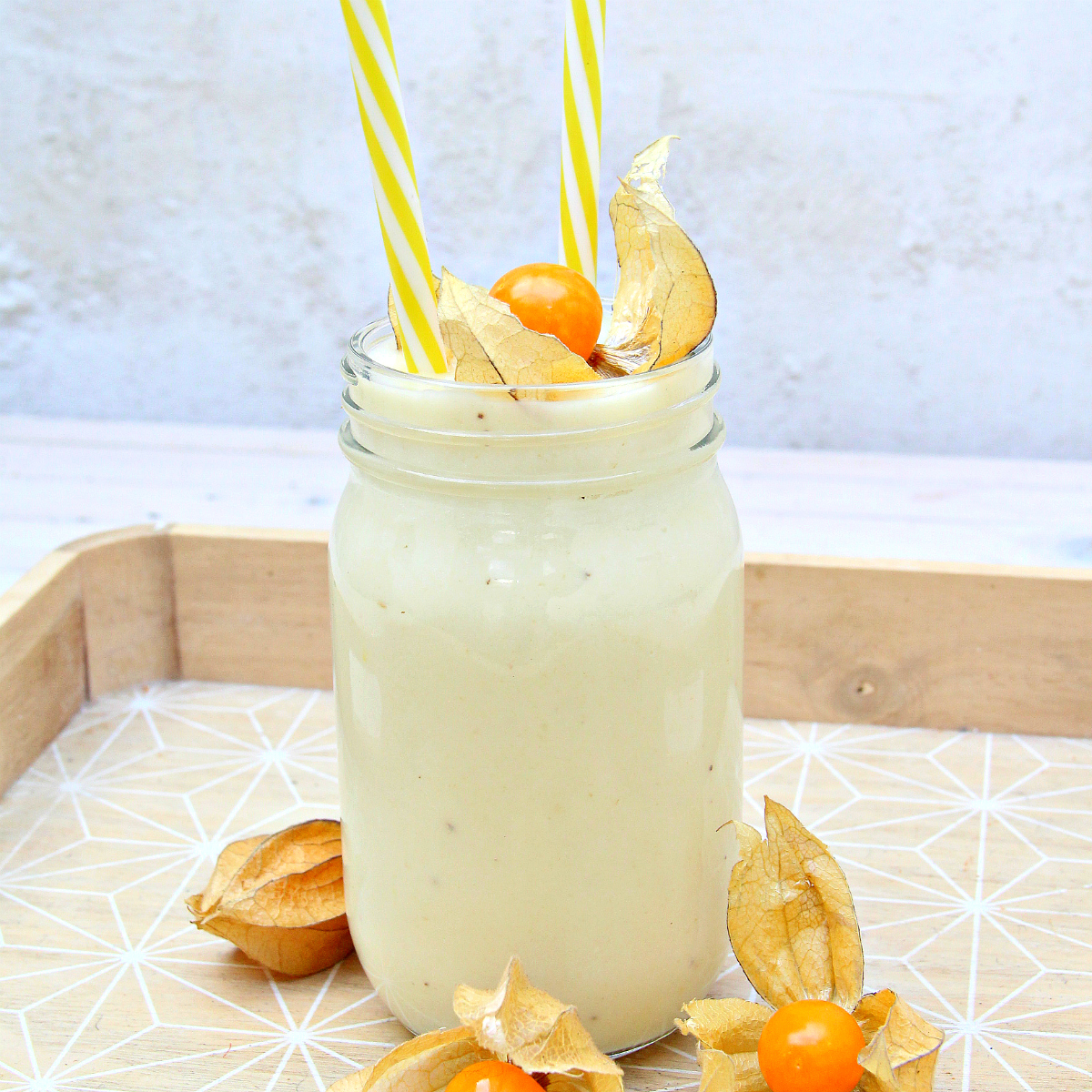 White Golden Honeydew Melon Smoothie - The Vegan Eskimo